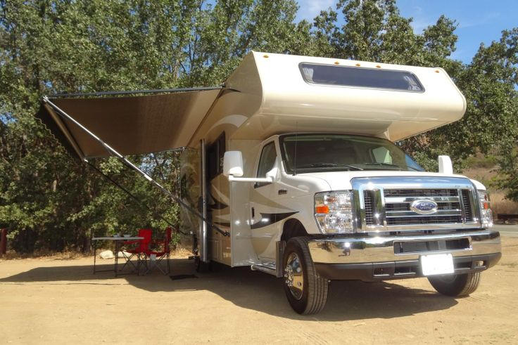27- 30 ft class c motorhome with slide out - motorhome rental in the USA,