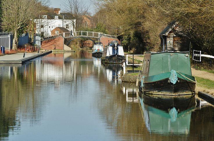 Tranquil: Grand Union Canal, Aylesbury, Bucks.