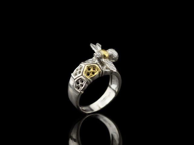 BEE Silver ring with Gold details and honeycomb structure (free shipping) £165.00