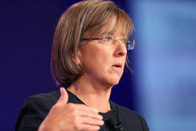 Mary Meeker's Annual Rapid-Fire Internet Trends Talk (Video) http://recode.net/2014/05/30/mary-meekers-annual-rapid-fire-internet-trends-talk-video/