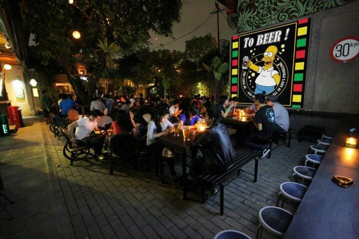 BREMER BEER GARDENKEMANG,JAKARTA Bremer Beer Garden