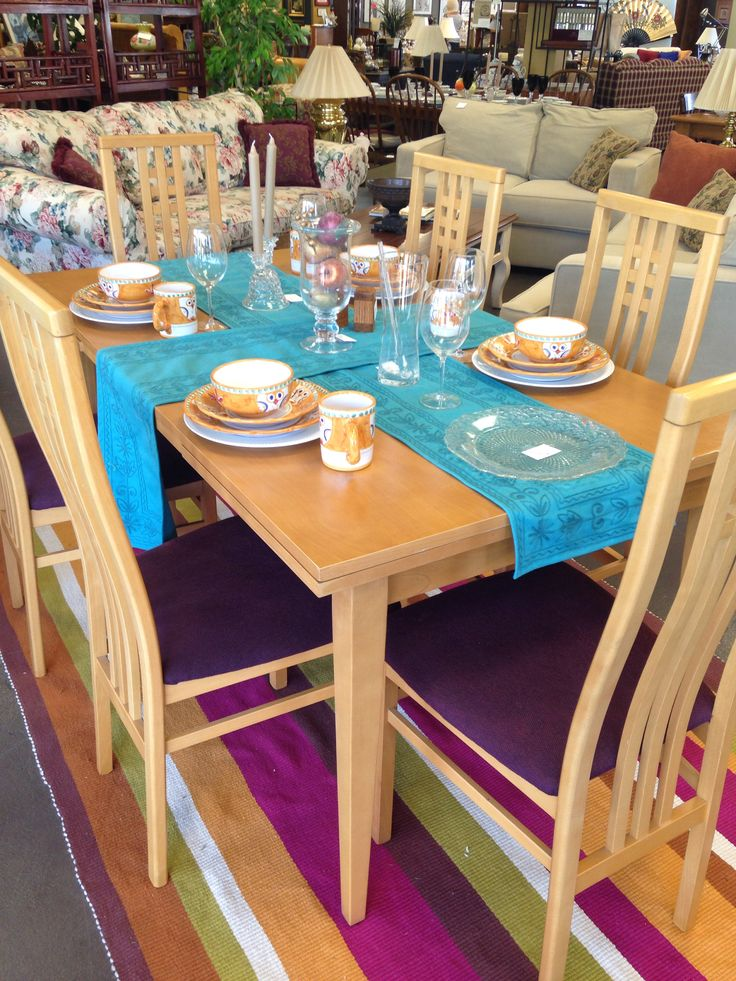 beautiful dining table decorated with owl dish set from italy