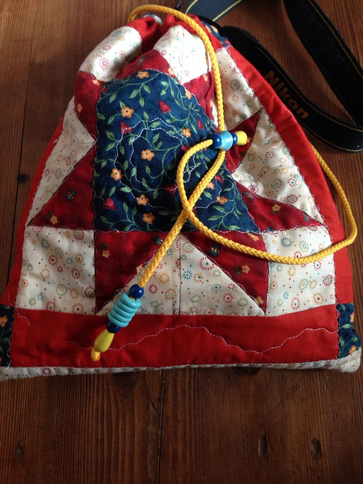 Camera bag, my first quilting star. #sewing #quilting #diy #fragulina