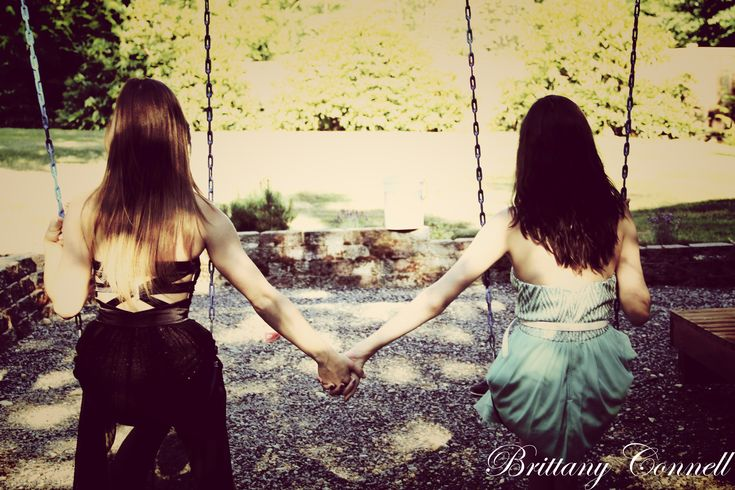 Great Pose for Best Friends :) Holding Hands on a Swing Set :)