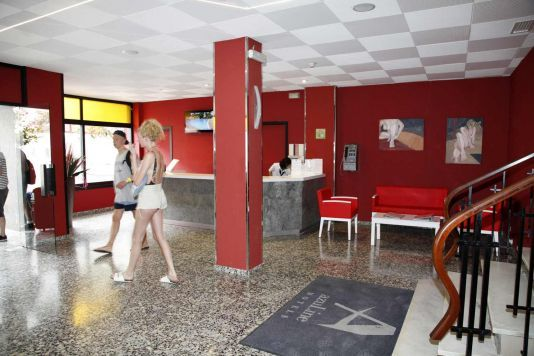Hotel Llevant www.azulinehotels.com #ibiza #hotel #lowcost #travellowcost #cheaphotel