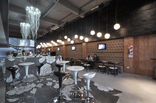 #Luz #Iluminacion #Espacios #Disenio Lisieux Resto Bar  http://vanguardaarchitects.com/es/what-we-do.php?sec=corporative-branding&project=81