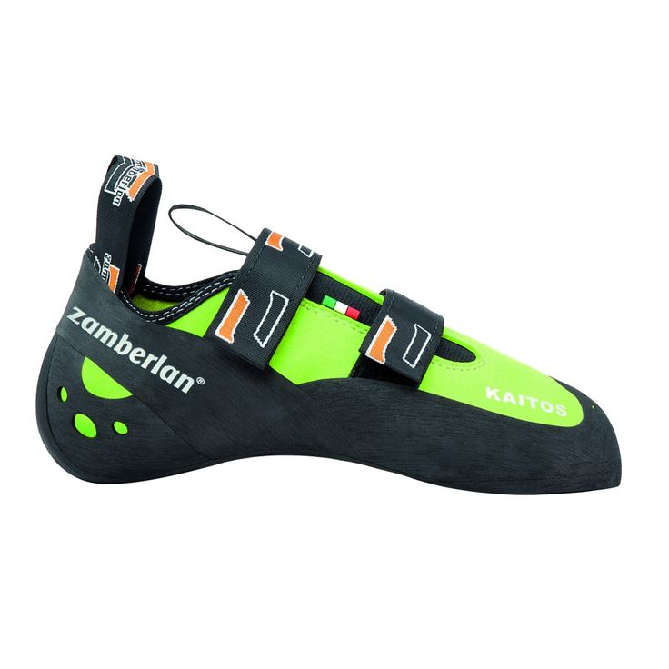 A44 KAITOS - Last ideal for less demanding yet technical climbers, who look for a multifunctional tool. It features a lower downturn in the shape and it is less asymmetrical, but has a precise toe and a bent instep for more precision. #zamberlan #climbing #kaitos #discoverthedifference