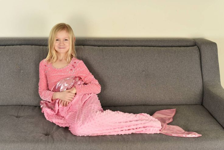 Light Pink Mermaid tail blanket by Dreampowr on Etsy