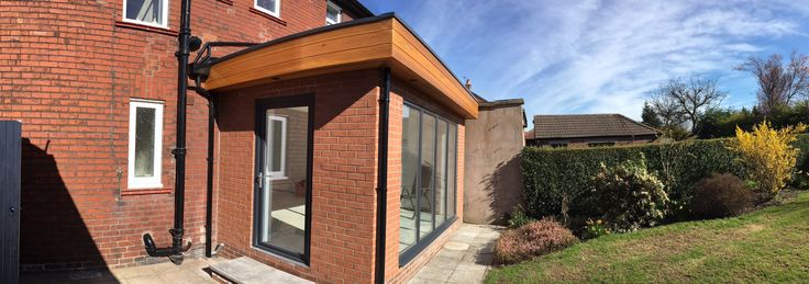 Kitchen extension with cedar cladding