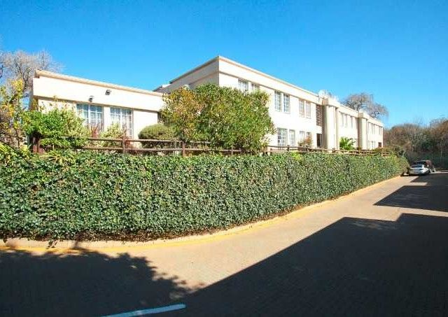 1 Bedroom Apartment For Sale in Bedfordview | Chas Everitt International Properties Group