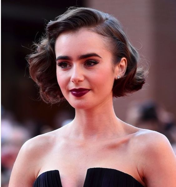 Lily Collins. Fifties-inspired wedding hairstyle #short #weddinghair