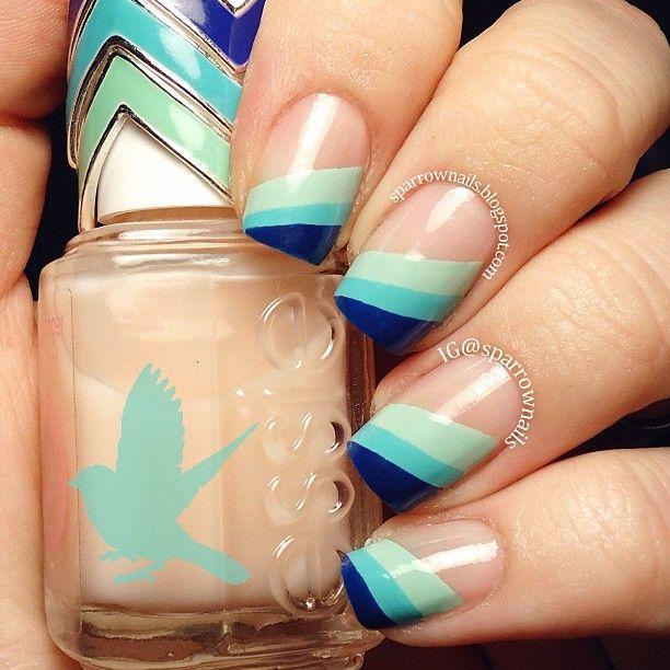 Rayas Azules #NailArt #MAnicure
