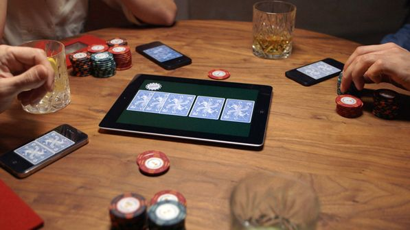 Bold Poker - replaces your deck of cards with iOS devices.