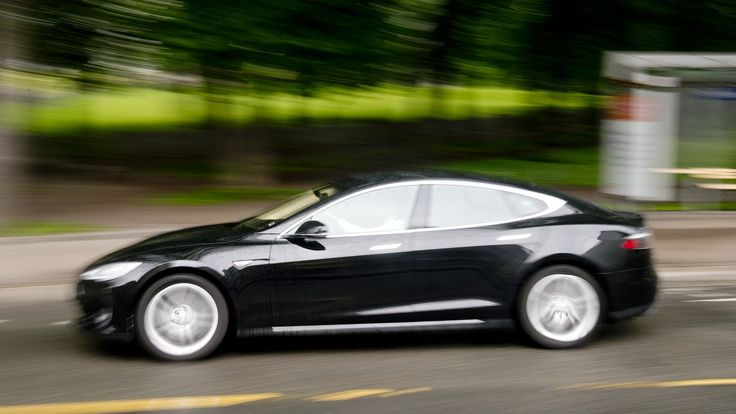 Ap vil kappe Tesla-støtte - Aftenposten
