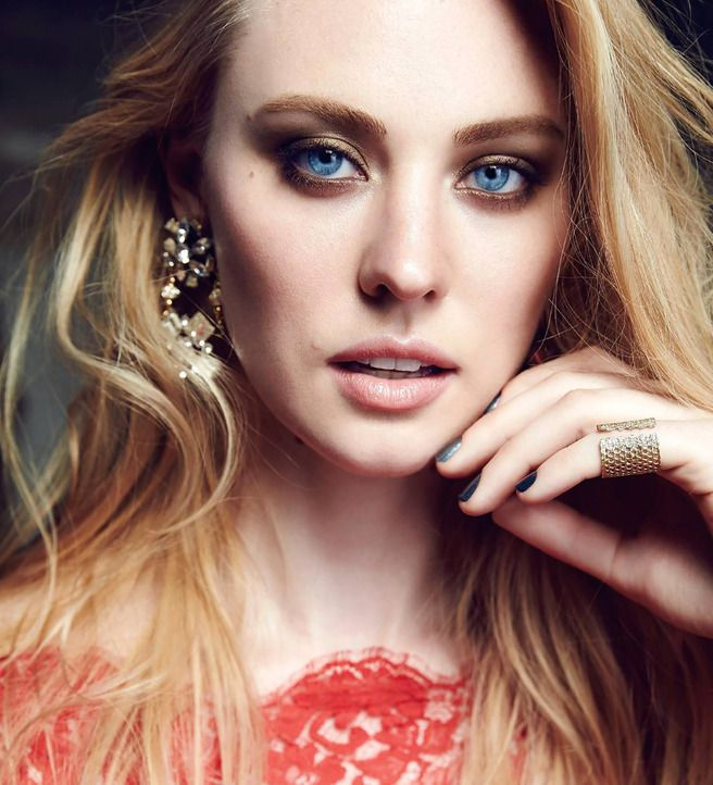 Daredevil Star Deborah Ann Woll Is Flawlessly Stunning In This Glow Magazine Photoshoot
