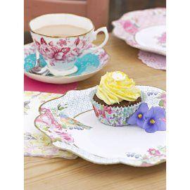 Bijna te mooi om te gebruiken deze vintage papieren borden. Geweldig om je sandwiches, cupcakes en andere lekkernijen mee op te dienen.Gebruik ze tijdens een picknick,  een afternoon tea of op je bruiloft. Of plak ze op de muur!