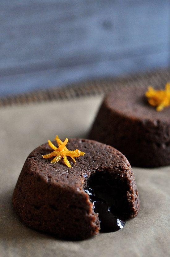 Vegan and Paleo Gooey Orange, Ginger, and Dark Chocolate Lava Cakes // thefoodieteen.com