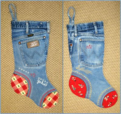 Jean Socks -   Perfect for Christmas stockings...   So western and woody!Quilt Inspiration, Denim Jeans, Free Pattern, Blue Jeans, Cowboy Christmas, Denim Quilt, Christmas Stockings, Christmas Trees, Old Jeans