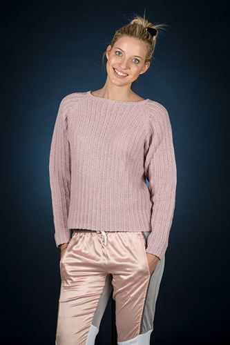 Gratis strikkeopskrift: Bluse designet af Mayflower. Strikket i Mayflower Cotton 1. [Strik, hækl, Mayflower Strikkegarn, Knitting, Yarn]