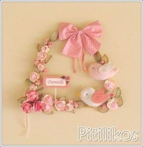Enfeite de Maternidade - Flores e Passarinhos