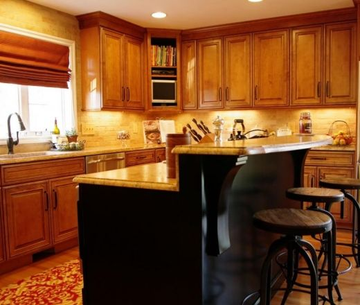 Kitchen Island With Raised Bar Traditional Island Style