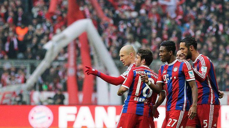 Historischer Sieg für den FC Bayern: 8:0 gegen Hamburg! Ja servus, da samma wieder http://www.focus.de/sport/fussball/bundesliga1/fc-bayern-hsv-live-knallen-die-bayern-gegen-hamburg-erstmals-2015-los_id_4476393.html