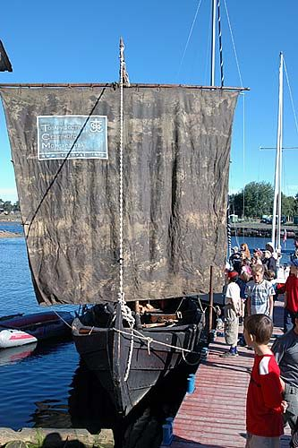 The sewn shnjaka reconstructed  by Misha Naimark with her distinctive square sail.                                                                                                                                         http://solovki.info/pics/shnyak3_lo.jpg