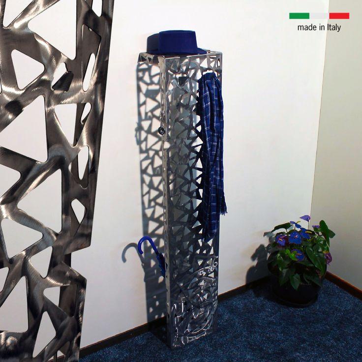 #niklasteeldesign #appendiabiti #arredamento #arredidesign #interiordesign #patterns #tagliolaser #lasercut Appendiabiti da parete Scaleno, scopri di più su www.nikla.eu