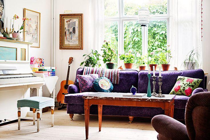 countryside trendification, pelargonium, piano, purple, steel-blue, Swedishness, turquoise