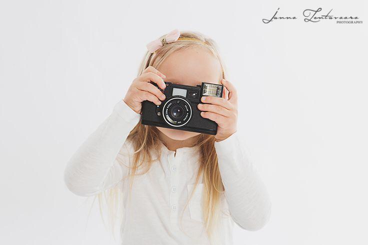 Ikuistetaan Tunne, lapsikuvaus ♥  #lapsikuvaus #studiokuvaus #ikuistetaantunne  #studiophotography #valokuvaajasuomi  http://ikuistetaantunne.blogspot.fi/