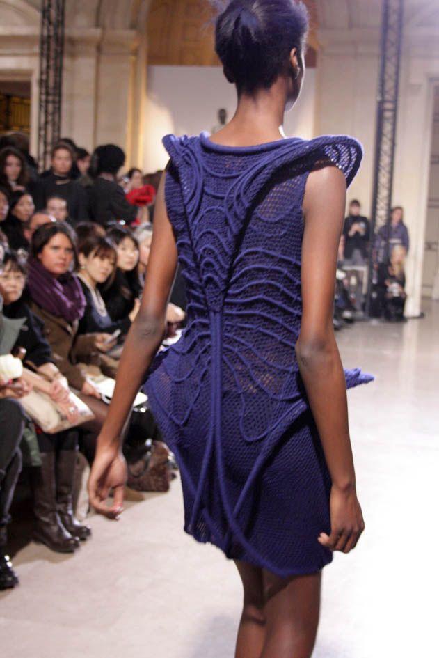 Fashion as Art - sculptural dress back detail with contoured 3D structure, elegant symmetry & surface textures // Steffie Christiaens