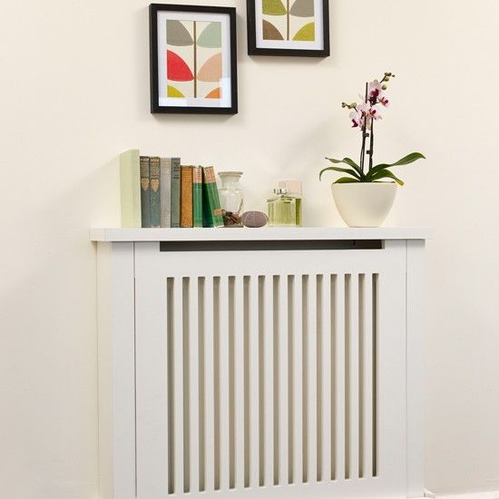 Traditional cream hallway with radiator