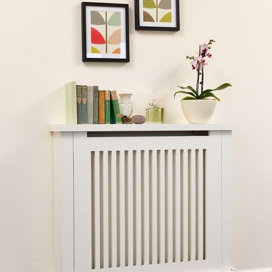 Traditional cream hallway with radiator | Hallway decorating ideas | housetohome.co.uk