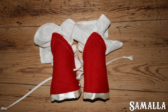 Little Red Riding Hood  Wool Cuffs with ruffle for by SamallaNL