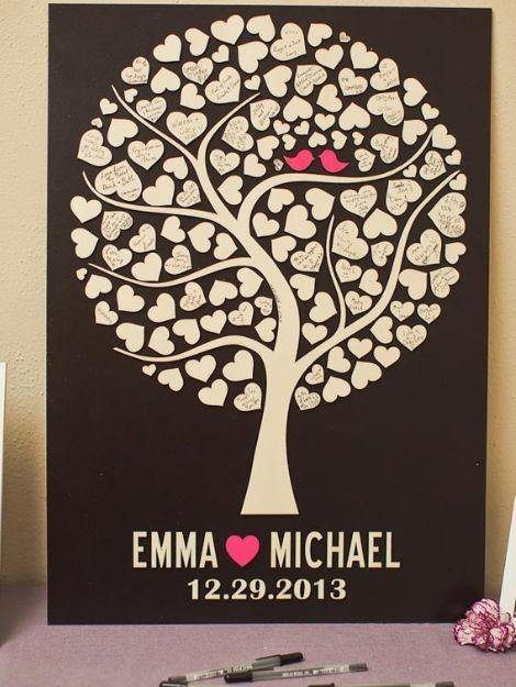 Herzbaum, damit Gäste anstelle des Gästebuchs unterzeichnen. Sehen Sie die Liebesvögel im …