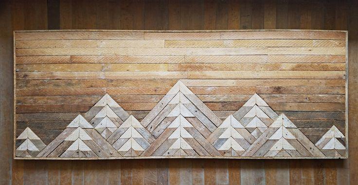 Éste de un arte de pared tipo está hecho de madera reciclada de listón. El acabado quedo totalmente natural para darle interés y carácter rústico. Esta pieza será Añadir calidez y carácter a cualquier habitación y es segura que será una pieza de conversación. La gama de la montaña bajo un cielo de ombre es el regalo perfecto para cualquier persona con aventura en su corazón. El color se consigue con el tiempo y no puede ser fabricado a la estética del mismo. Cada pieza de madera está llena…