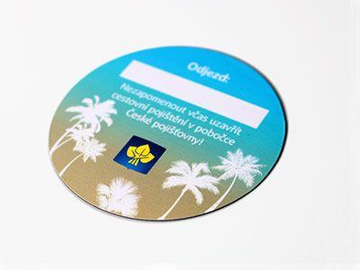 Magnetische Schilder und Kennzeichen können Sie in großer Menge beim SE-Vertrieb bestellen