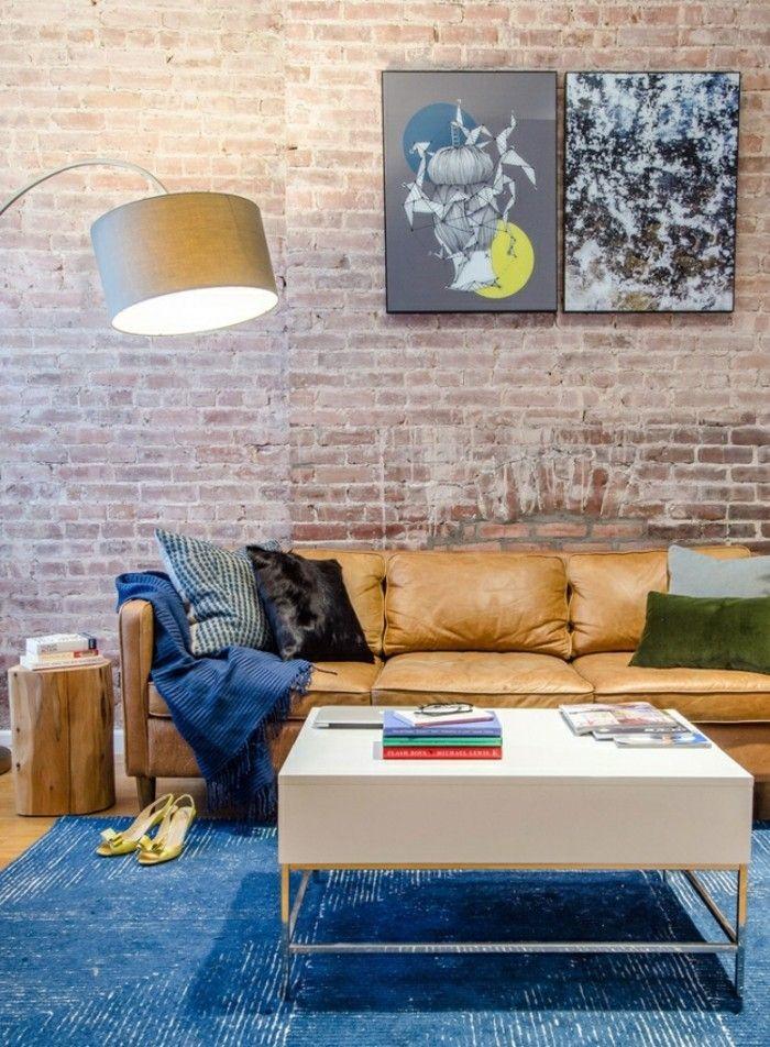 Designer Sofa Im Wohnzimmer In Beige Und Blau