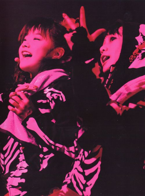 """pcshss: BLACK BABYMETAL - おねだり大作戦 Live - Legend I.D.Z Apocalypse - """