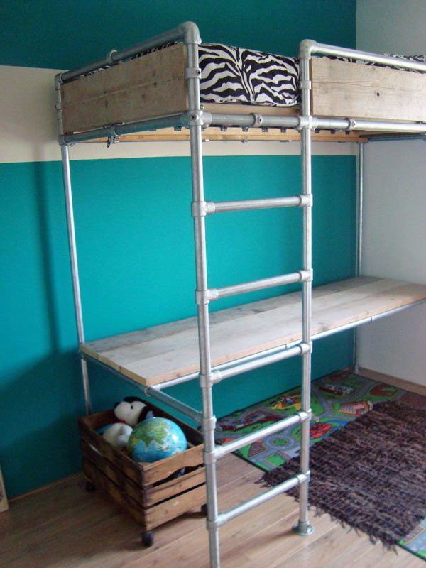 Loft Bed with Desk Looks like they used the flange fitting on the pipe bed for mattress support.