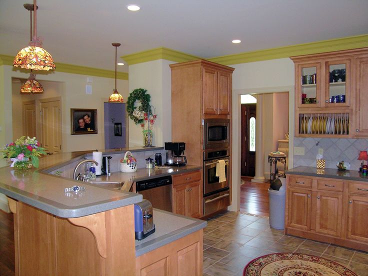 Dressell ranch home country kitchen plans and kitchen for Country kitchen designs layouts
