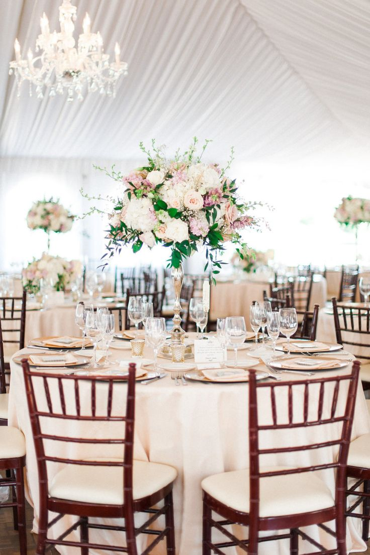Photography: Aga Jones Photography - agajonesphotography.com Floral Design: Whimsey Florals - whimseyflorals.com Coordination: Hannah Smith Events - hannahsmithevents.com   Read More on SMP: http://www.stylemepretty.com/california-weddings/2015/11/14/classic-elegant-san-diego-wedding/