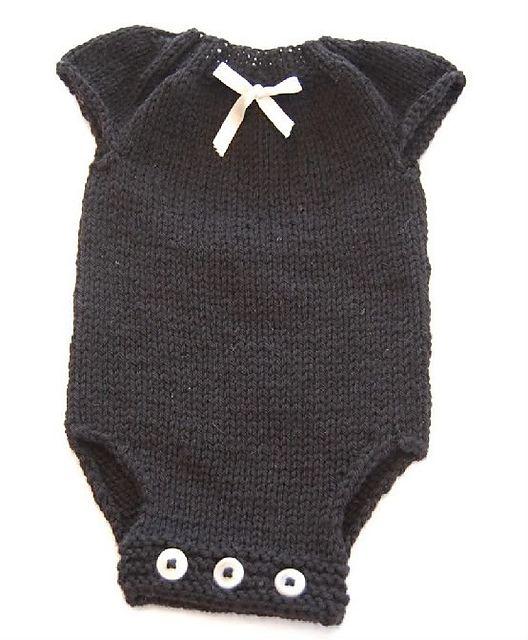 25+ best ideas about Onesie Pattern on Pinterest Baby leggings pattern, Bab...