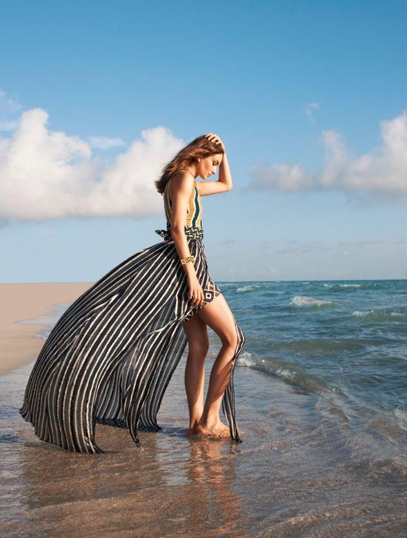 цветоводы стараются фотосессия пляжная для журнала должны быть