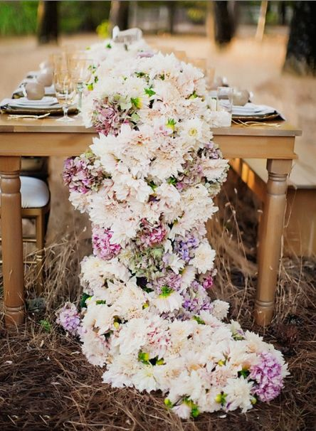 runner out of flowers: Floral Centerpieces, Floral Tables, Flowers Centerpieces, Floral Design, Cascading Flowers, Flowers Tables, Tables Runners, Head Tables, Flowers Runners