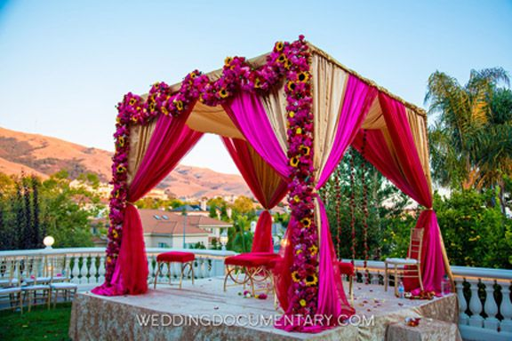 Event Design & Florals: Anais Events Photography: Wedding Documentary