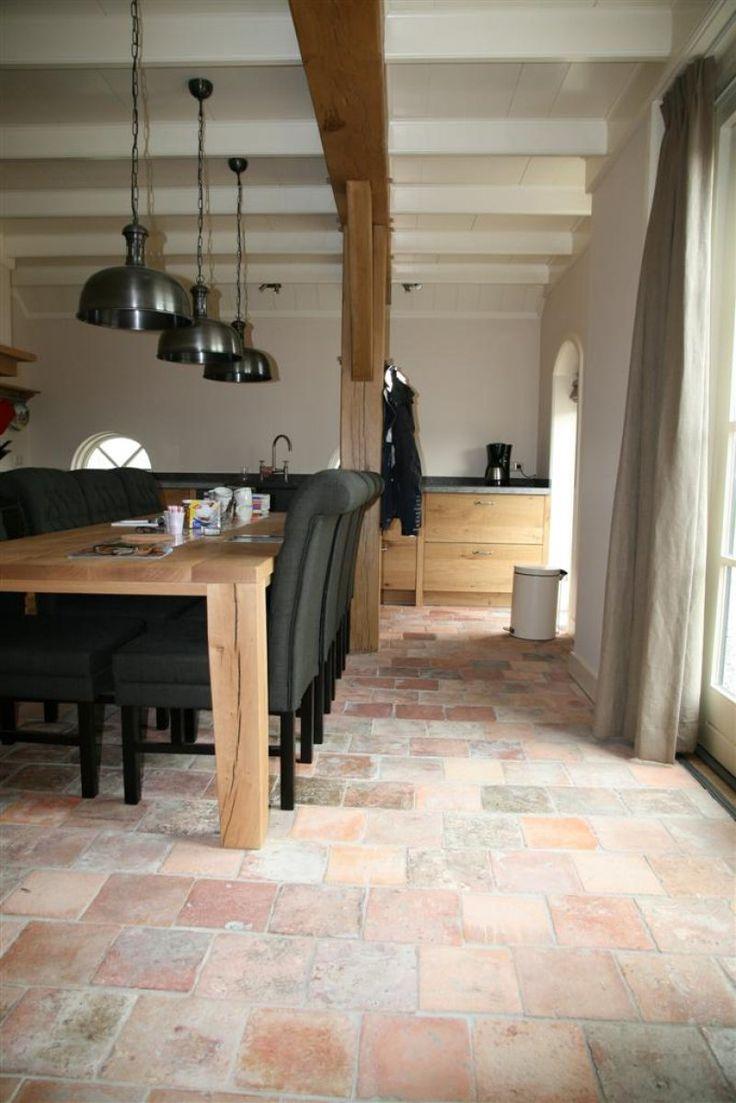 25 beste idee n over tegel vloeren alleen op pinterest tegelvloer imitatie hout tegels en - Imitatie cement tegels ...