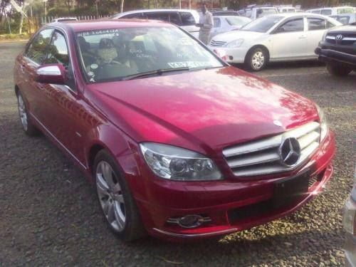 Buy a car today at the best prices in town. Mercedes Benz C200 http://www.nairobicars.com/views/Mercedes_Benz_C200_Saloon_2007-138/