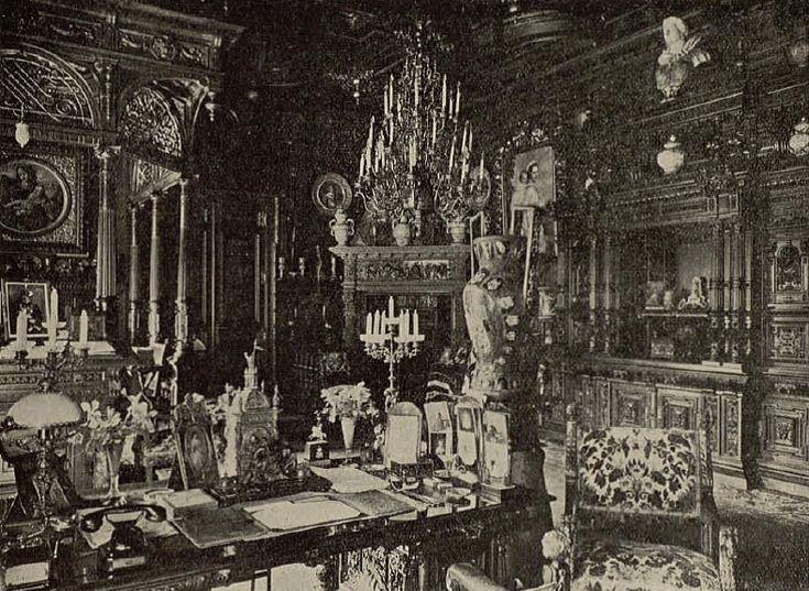 Cabinetul de lucru al Regelui Carol I. Peleş, Sinaia.