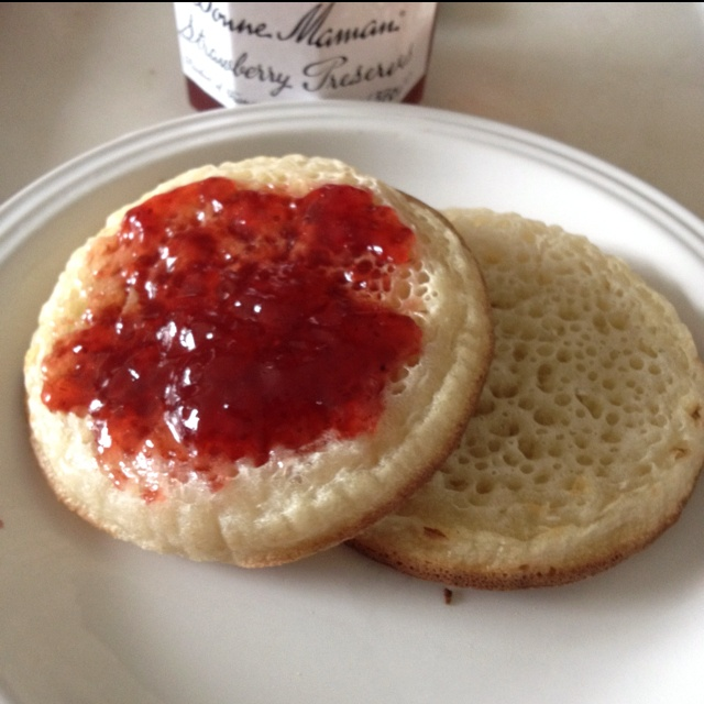 Crumpets and Strawberry Preserves | Nomz | Pinterest
